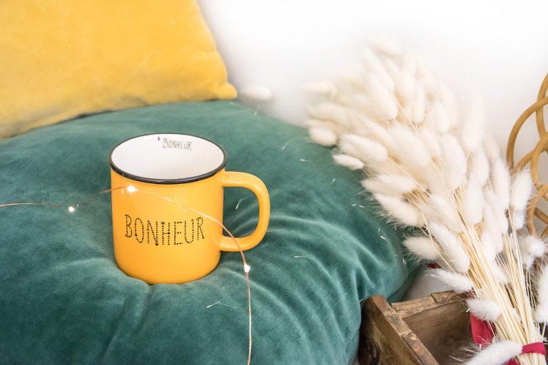 Mug Bonheur jaune Les Décos d'Axelle